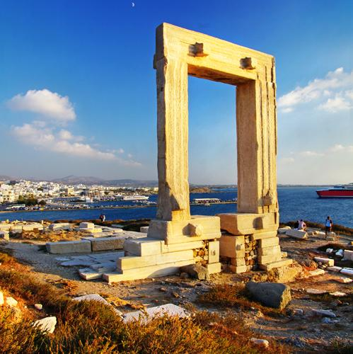 cycladen Portara gate Naxos
